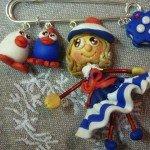 Broche poupée bleu blanc rouge, et ses Piou-Piou.