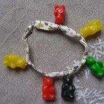 Bracelet liberty, nounours multicolores.
