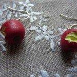 Boucles d'oreilles pommes croquées.
