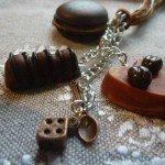 Collier 3 gourmandises chocolat, café, lien coton organza.